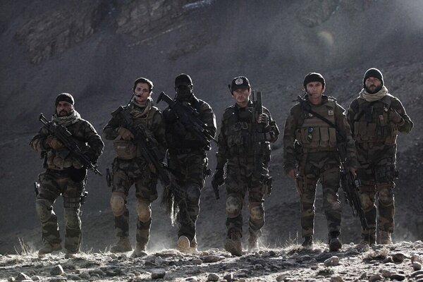 кадры и фото из фильма Отряд особого назначения