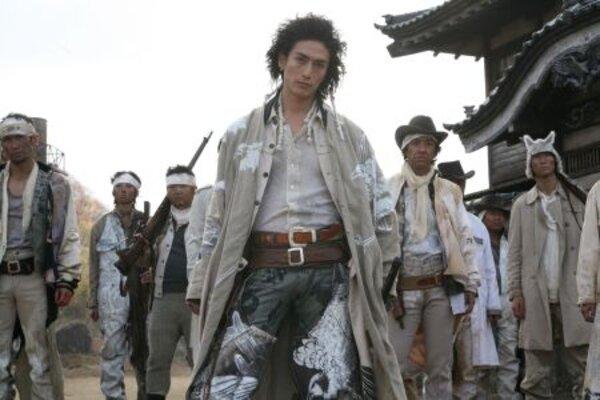 кадры и фото из фильма Сукияки вестерн Джанго
