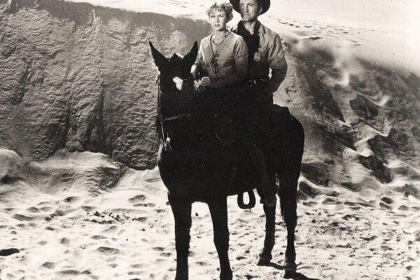кадры и фото из фильма Красные пески