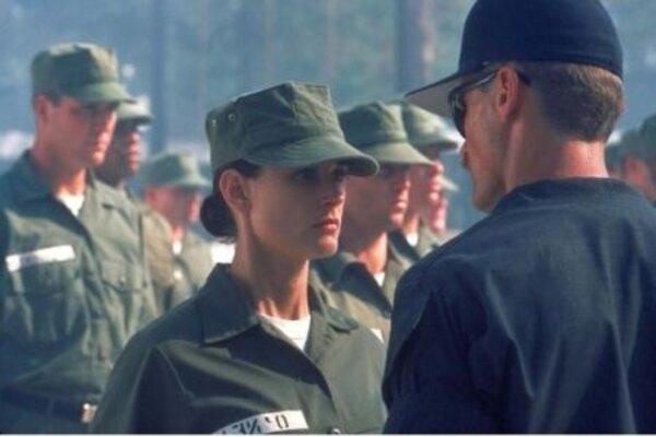кадры и фото из фильма Солдат Джейн