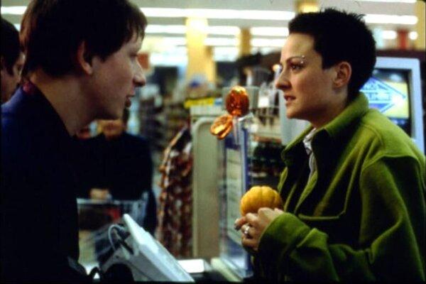 кадры и фото из фильма Левая половина холодильника