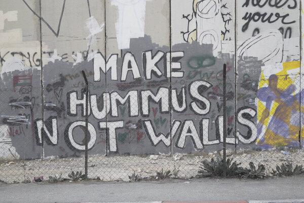 кадры и фото из фильма Кто украл Banksy