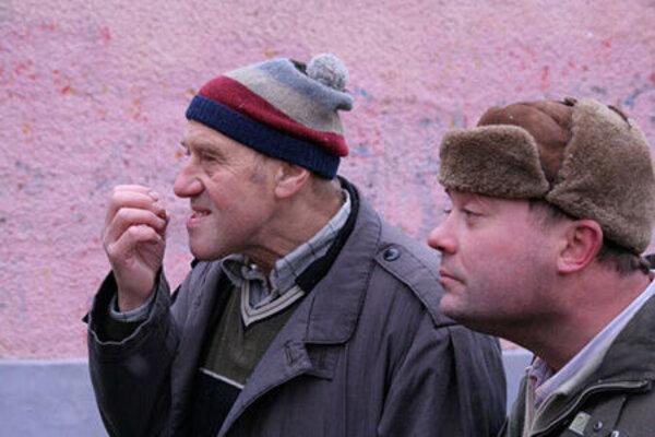 кадры и фото из фильма Сумасшедшая помощь