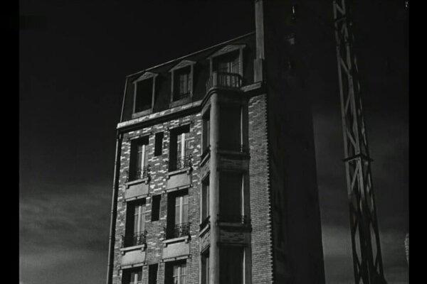 кадры и фото из фильма День начинается