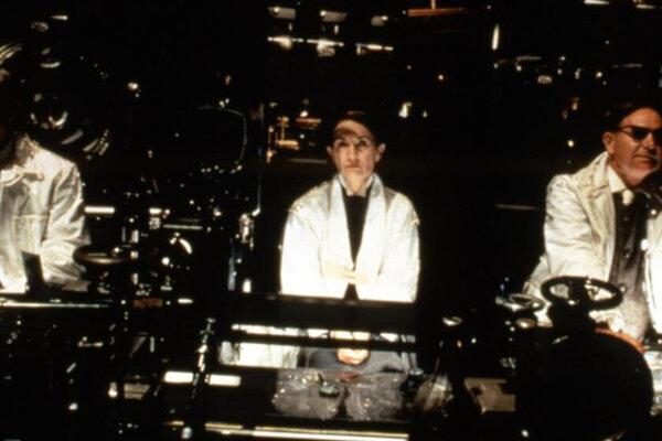 кадры и фото из фильма 12 обезьян