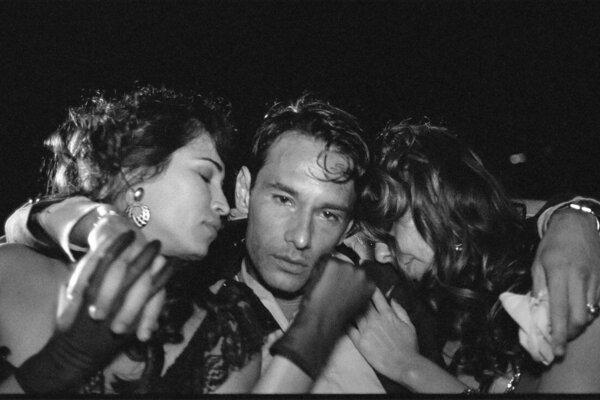 кадры и фото из фильма Элено