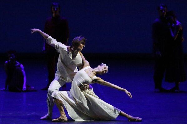 кадры и фото из фильма TheatreHD: Вечер современной хореографии