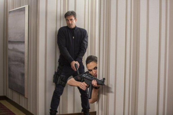 кадры и фото из фильма Шпионы по соседству