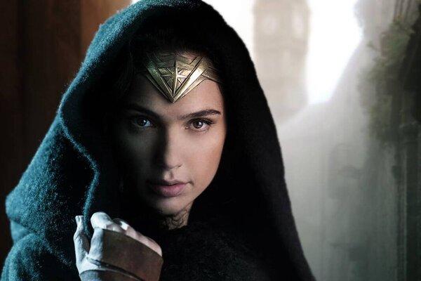 кадры и фото из фильма Чудо-женщина