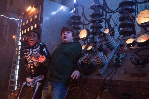 кадры и фото из фильма Ужастики 2: Беспокойный Хеллоуин