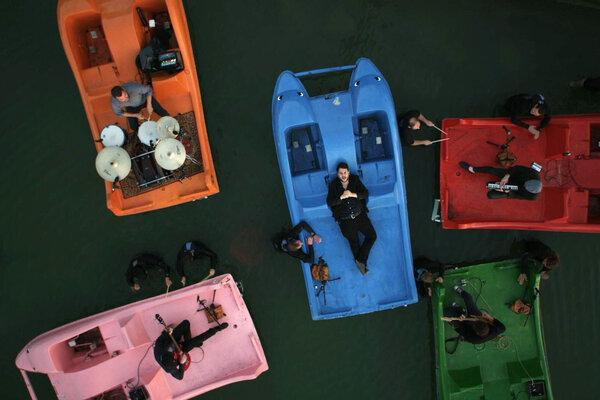кадры и фото из фильма Метод озера Балатон