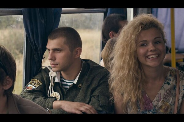 кадры и фото из фильма Все и сразу