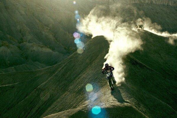 кадры и фото из фильма На гребне волны