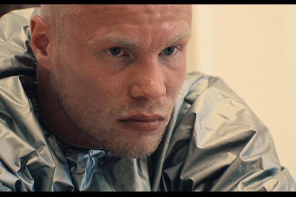 кадры и фото из фильма Папа тебя любит