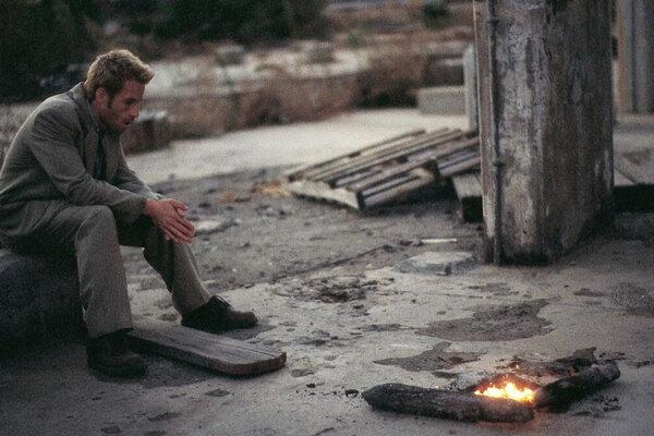 кадры и фото из фильма Помни