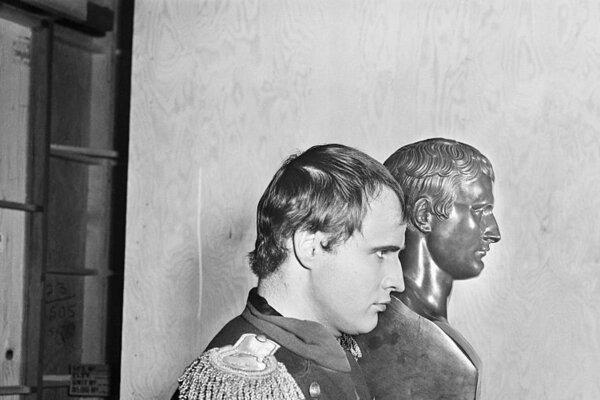 кадры и фото из фильма Любовь императора Франции