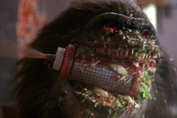 кадры и фото из фильма Зубастики 2: Основное блюдо