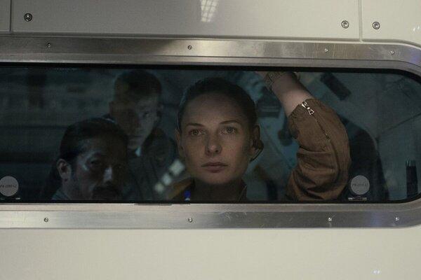 кадры и фото из фильма Живое