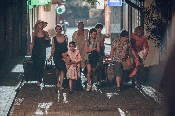 кадры и фото из фильма Сдается дом со всеми неудобствами