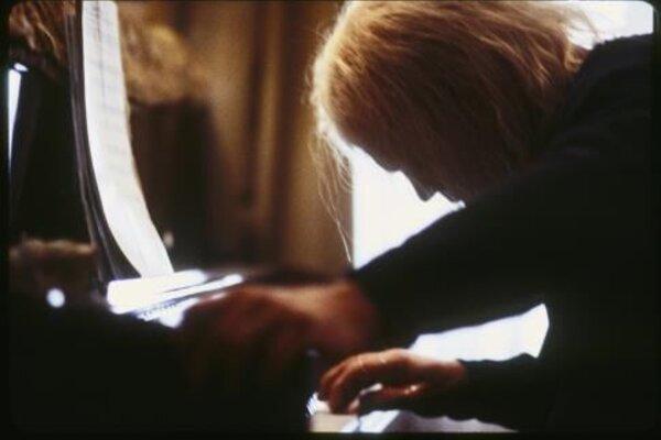 кадры и фото из фильма Проживая зиму