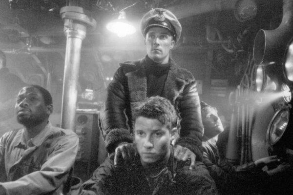 кадры и фото из фильма Ю-571