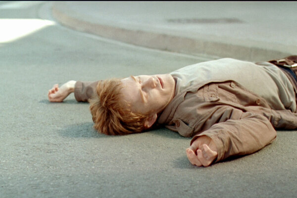 """кадры и фото из фильма Future Shorts. Программа """"Бархатный сезон-2013"""""""