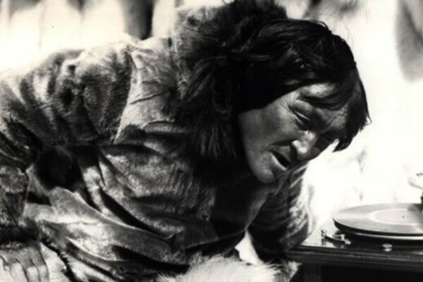 кадры и фото из фильма Нанук с Севера
