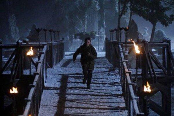 кадры и фото из фильма Восход тьмы