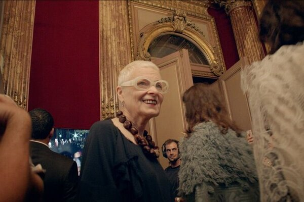 кадры и фото из фильма Вествуд: панк, икона, активист