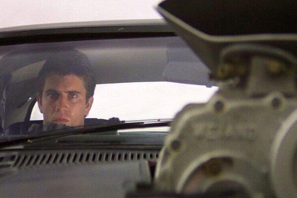 кадры и фото из фильма Безумный Макс