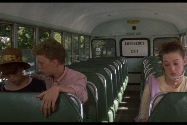 кадры и фото из фильма Шестнадцать свечей