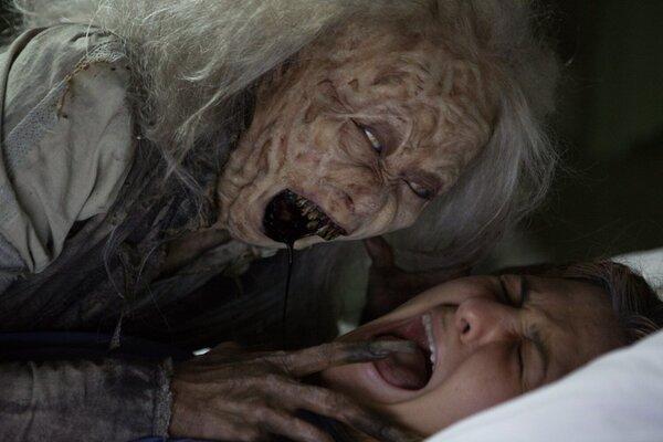 кадры и фото из фильма Дом призраков