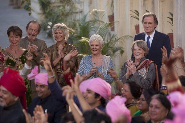 """кадры и фото из фильма Отель """"Мэриголд"""": Заселение продолжается"""