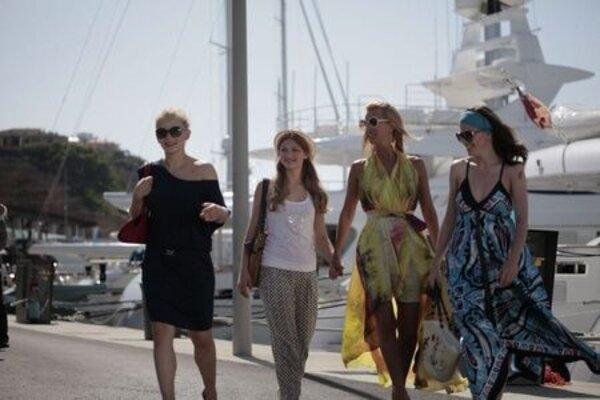 кадры и фото из фильма О чем молчат девушки