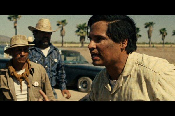 кадры и фото из фильма Чавес
