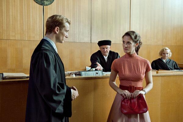кадры и фото из фильма В лабиринте молчания
