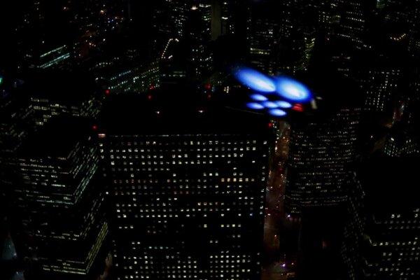 кадры и фото из фильма Люди в черном 2