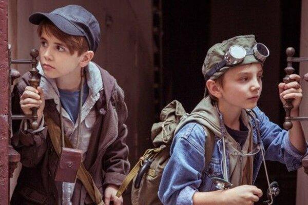 кадры и фото из фильма Тайна тёмной комнаты