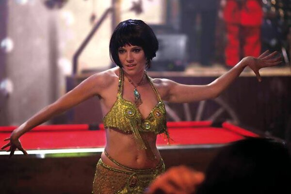кадры и фото из фильма Совсем как женщина