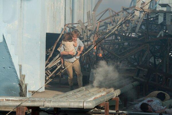 кадры и фото из фильма Выхода нет