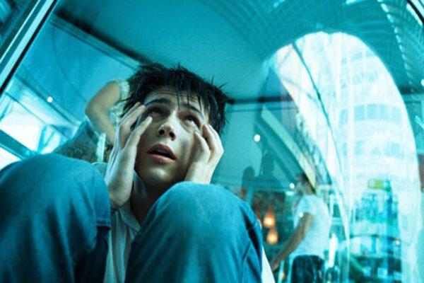 кадры и фото из фильма Закрытые пространства