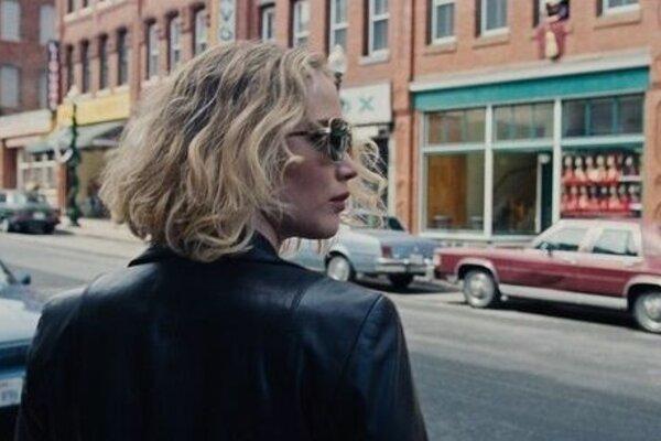 кадры и фото из фильма Джой