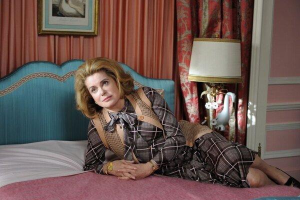 кадры и фото из фильма Отчаянная домохозяйка