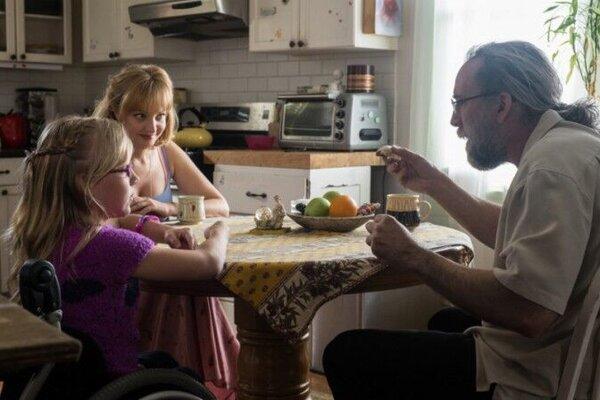 кадры и фото из фильма Миссия: Неадекватна