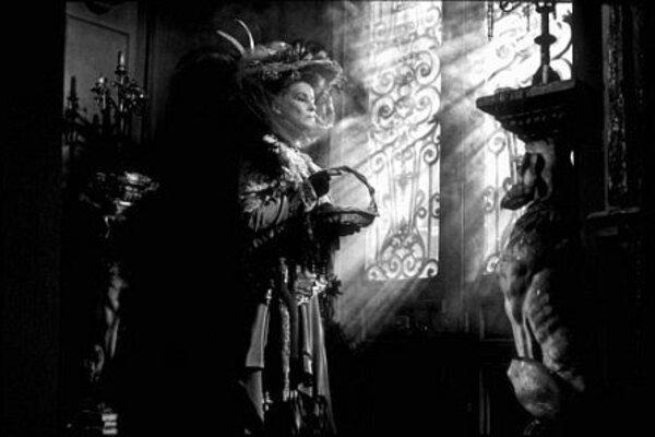 кадры и фото из фильма Безумная из Шайо