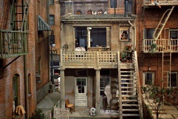 кадры и фото из фильма Окно во двор
