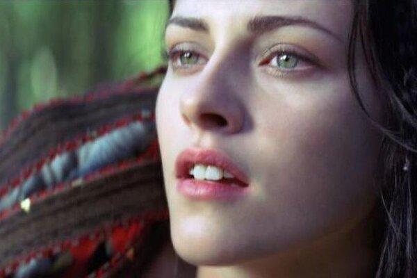 кадры и фото из фильма Белоснежка и охотник