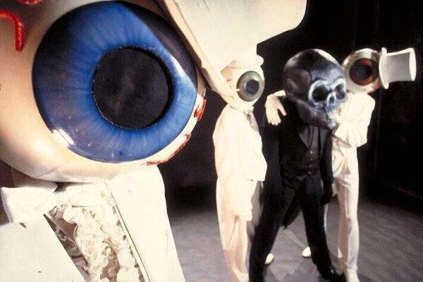кадры и фото из фильма The Residents: Теория неизвестности