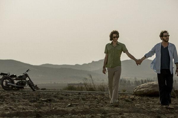 кадры и фото из фильма Ив Сен-Лоран