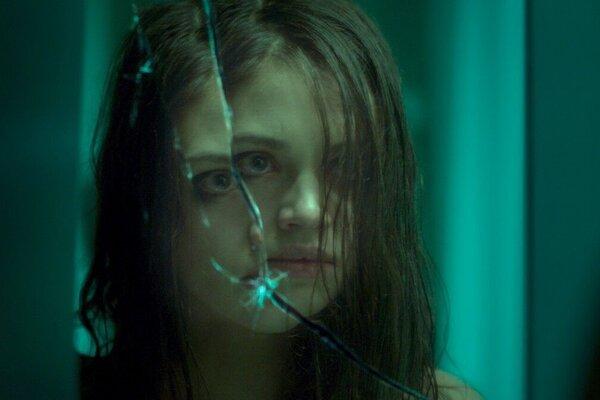 кадры и фото из фильма Темное зеркало